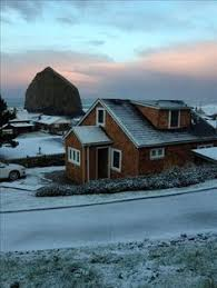 Cannon Beach Cottages by Haystack Rock Cannon Beach Oregon Travel Pinterest Cannon