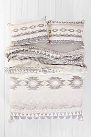 Best 25 Mint Green Bedding by Best 25 Aztec Bedding Ideas On Pinterest Aztec Bedroom Tribal