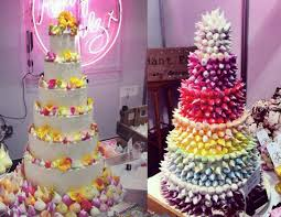 alternative wedding cakes alternative wedding cakes boomboombrides