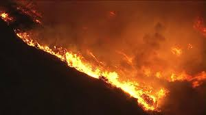 Wildfire Burning Near Me by Evacuations Ordered In Brush Fire Burning In Mountains Above Azusa