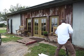 Rustic Barn Homes Behind The Scenes The Mustian U0027s Rustic Barn Home Wild About Barns