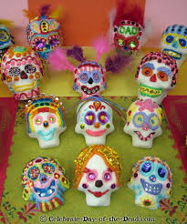 DIY Tutorial How to Decorate Sugar Skulls Techniques Ideas