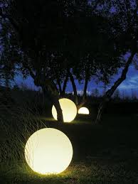 Landscaping Lighting Ideas by 25 Beautiful Diy Outdoor Lights And Creative Lighting Design Ideas