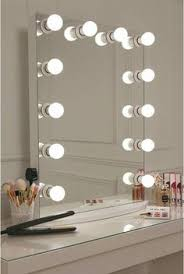 Vanity Mirror Uk 6 Lighting Options To Help You Apply Makeup Like A Pro Vanities
