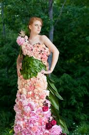 flower dress a dress of flowers by emily flirty fleurs the florist