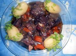 cuisiner la queue de boeuf recette de queue de boeuf fondante au pinot noir