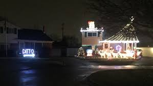 holiday lights tour detroit craziest christmas displays in metro detroit