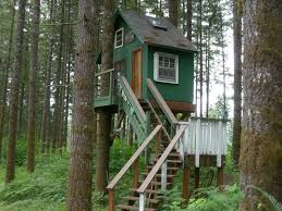 Hilarious Treehouse Designs Plus Image Together With Tree House
