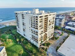 Cocoa Beach Cottage Rentals by Private Pool Cocoa Beach Real Estate Cocoa Beach Fl Homes For