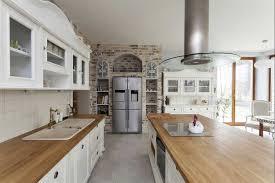 kuchenherd im landhausstil design ideen holz villaweb info