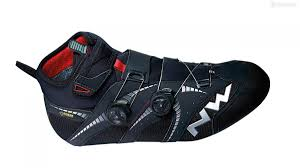 bike riding shoes northwave extreme gtx winter boots review bikeradar