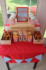 Backyard Birthday Party Ideas Best 25 Carnival Themed Birthday Party Ideas On Pinterest