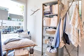 Parachute Bedding Review by Parachute Lands On Abbot Kinney With First Ever Pop Up Shop Yo