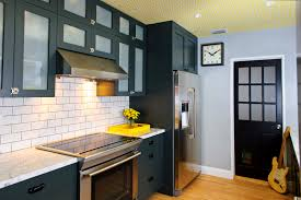 Black Cabinet Kitchen Ideas by 17 Best Kitchen Paint And Wall Colors Ideas For Popular Kitchen