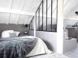 decoration chambre comble avec mur incliné deco chambre sous comble amenagement cuisine ouverte sous