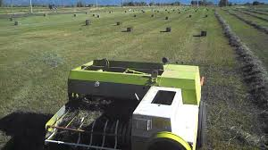 baling hay 2013 with claas markant 51 youtube