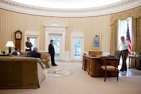 oval office decor history file barack obama in the oval office in september 2010 jpg