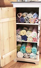 Bathroom Towel Storage Ideas Top 25 Best Beach Towel Storage Ideas On Pinterest Pool Towel