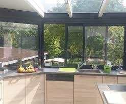 cuisine sous veranda bien aménager une cuisine dans une véranda cuisine plus