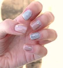 sophie jenner glitter gel nails