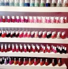 the spa uses essie u0026 marc jacob u0027s nail polish they have lots of