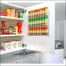 astuce rangement placard cuisine astuce rangement placard cuisine with astuce rangement cuisine