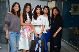 who popped up at twinkle khanna u0027s white window verve magazine