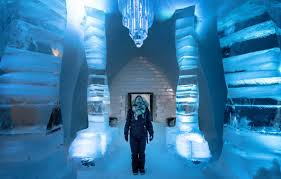 Hotel De Glace Canada by Things To Know If You U0027re Staying At Quebec City U0027s Ice Hotel