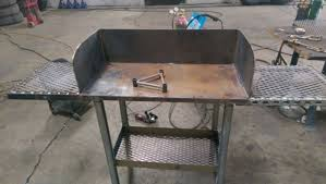 lodge dutch oven table my dutch oven cook table nysia s homestead journey