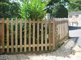 white picket fence designs backyard fence ideas