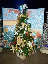 disney tree the carousel hammacher schlemmer