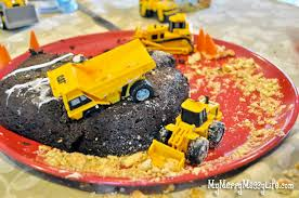 construction birthday cakes gabriel s construction birthday cake easy cheap my merry