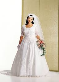plus size wedding dress designers plus size wedding gowns with sleeves curvyoutfits