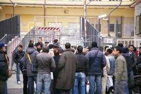 ufficio immigrazione bologna permesso di soggiorno l arresto poliziotto bolognese i ricatti a rosse dell