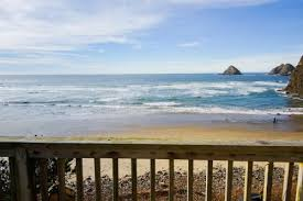 Beachfront Cottage Rental by Oceanside Vacation Rentals Vacation Homes Vacasa