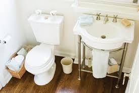 Organizing A Small Bathroom - 4 clever small bathroom organization tips
