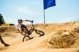 what bike is fastest on a pump track bmx or mtb