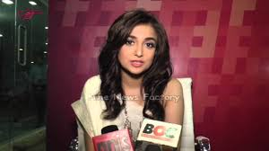 nissan black singer singer monali thakur judges india u0027s first web singing reality show