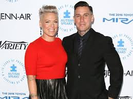 Daughter Nervous Carey Hart And Pink Don U0027t Know Of Second Child
