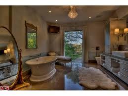 Coolest Bathrooms 85 Best Celebrity Bathrooms Images On Pinterest Bathroom
