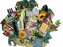 Gardening Basket Gift Ideas Garden Gift Basket Dayri Me