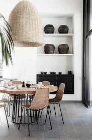 chaises tress es table salle a manger table ronde en bois et fer et chaises tressées