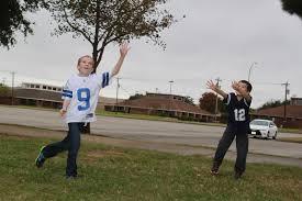 cowboys thanksgiving day scrogin family cowboys thanksgiving day game