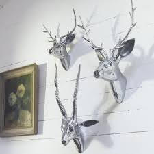 Deer Metal Wall Art With Animal Head Pattern And Steel Chrome