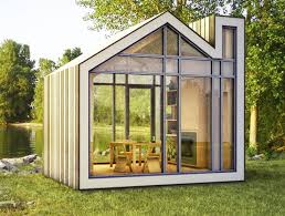 meet bunkie a tiny new prefab house from 608 design and bldg
