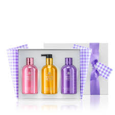 the perfect picnic bathing u0026 hand gift trio molton brown au