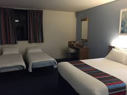 Staying And Parking At Travelodge Gatwick Airport Central Hotel - Travelodge london family room