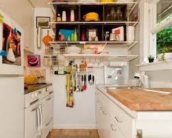 Kitchen Design For Small Apartment by Small Kitchen Designs 10 Organized Efficient And Tiny Real Life