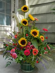 Floral Vases And Containers Best 25 Sunflower Arrangements Ideas On Pinterest Sunflower