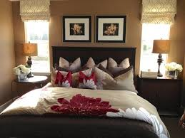 How To Make A Small Curtain Brilliant Ideas For How To Make A Small Bedroom Cozy